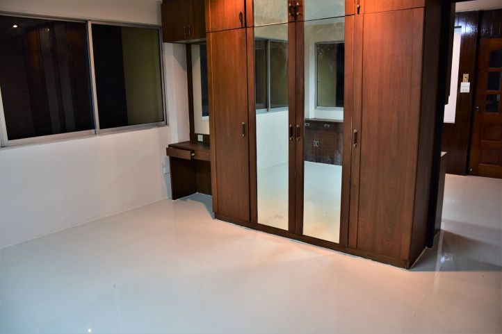 Commercial building soi pridi banomyong 40 16
