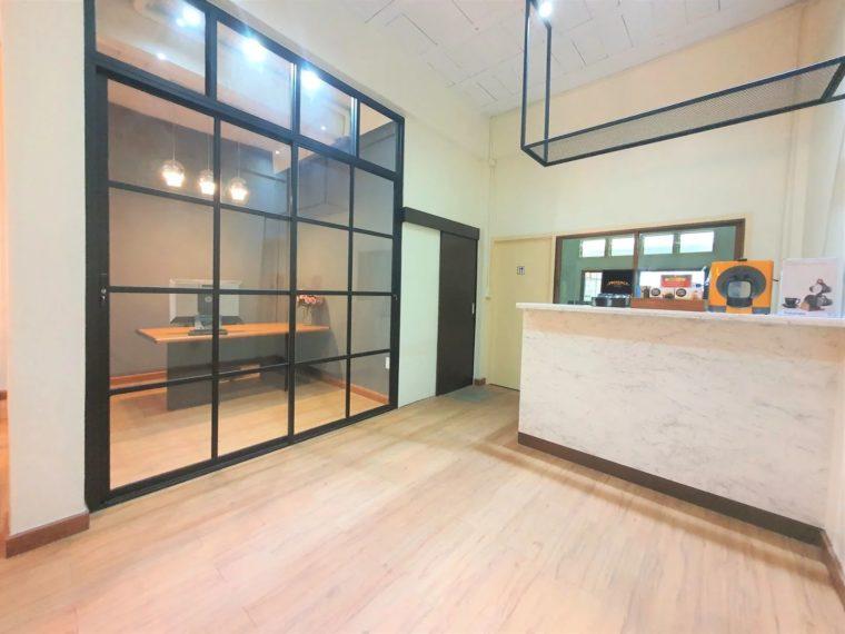 Modern loft office in ramkhamhaeng 01