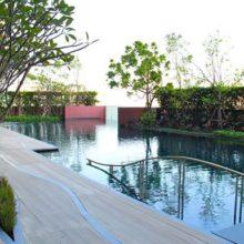 Wyne sukhumvit bangkok condo for sale swimming pool 2 600x385