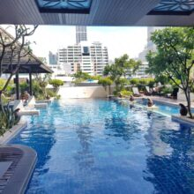 The-Prime-11-condominium-swimming