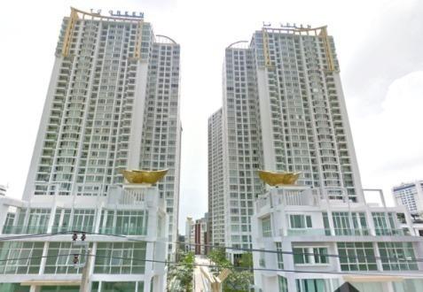t-c-green-condo-bangkok-596f2e2cb8a1bc65c1000b62_full
